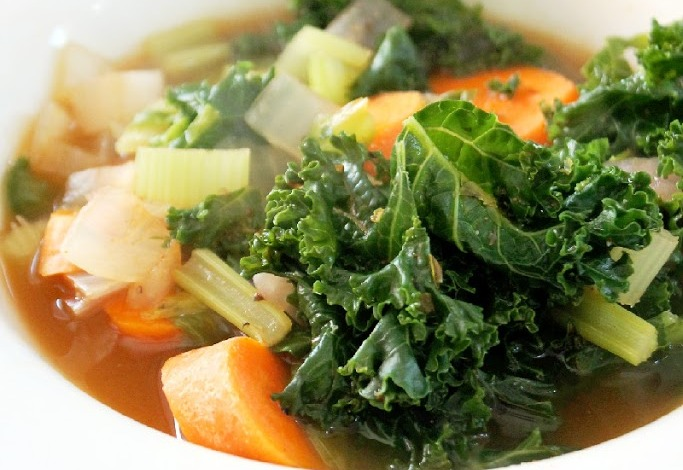 fat-burning-kale-soup-25283-2529